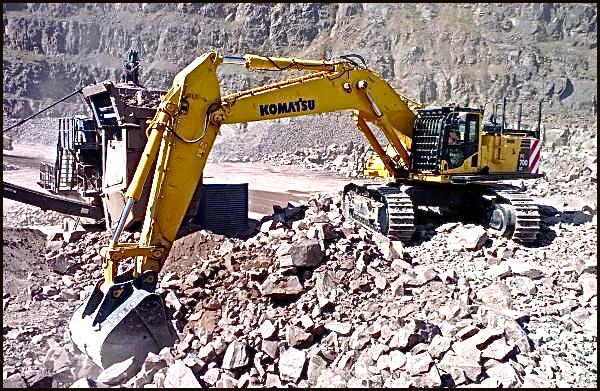 Patersons-Quarries-New-Komatsu-Excavator