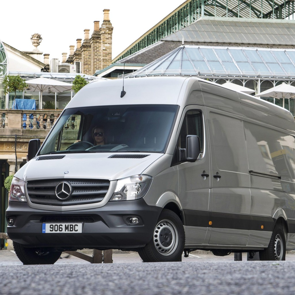 Record month for mb vans scottish plant for Mercedes benz 24 hour roadside assistance